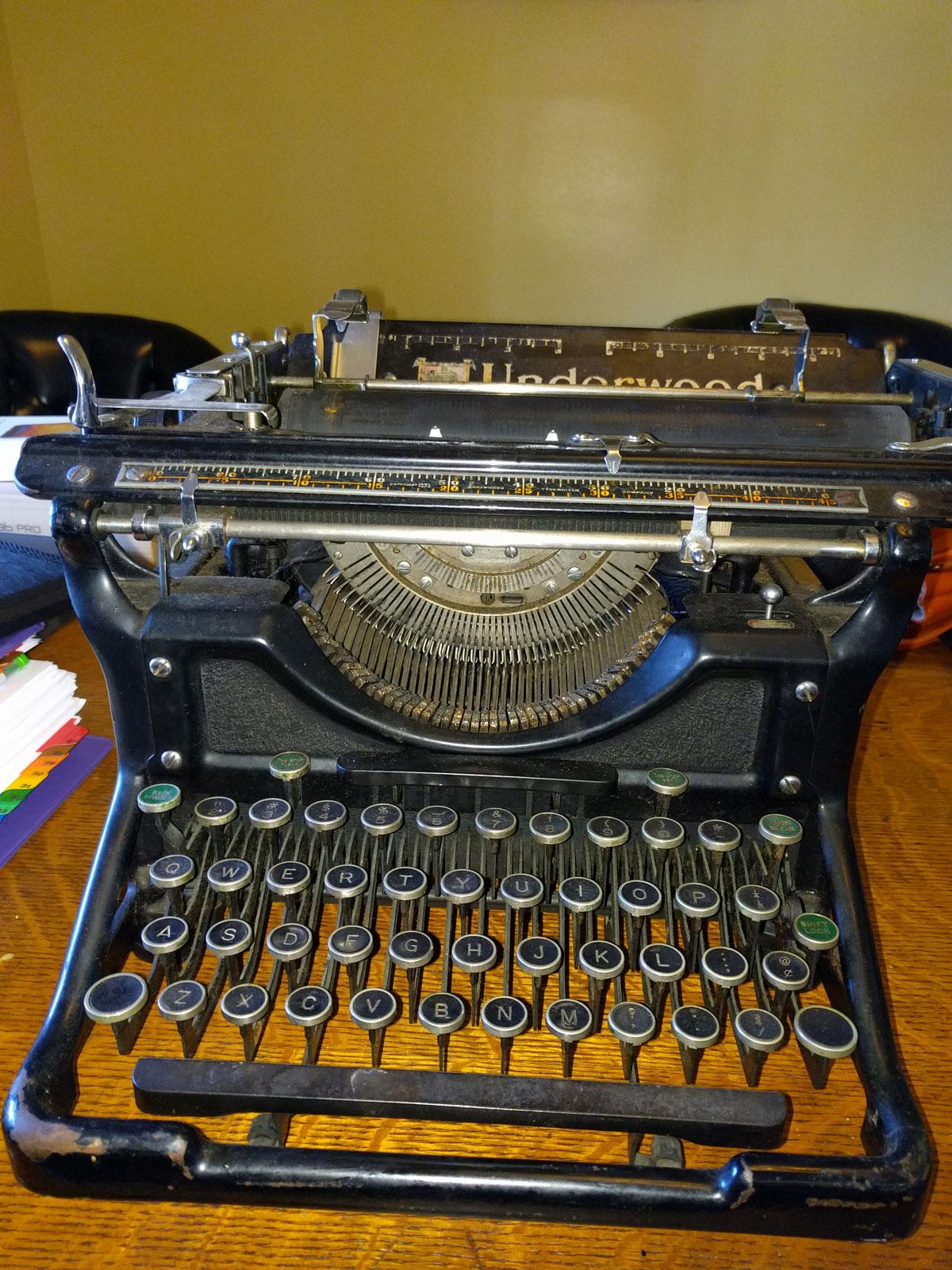 1930s Underwood Typewriter for WickedWriter